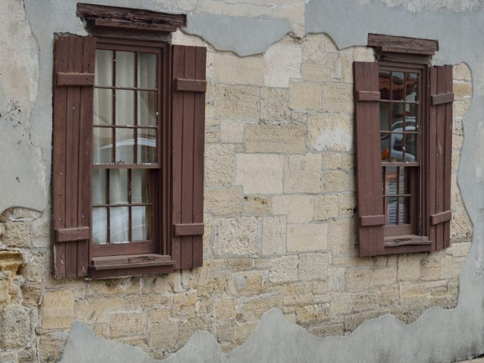 the side of an old house, the González Alvarez House